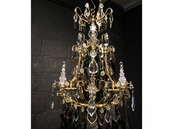 Cage Chandelier Style in Louis XV
