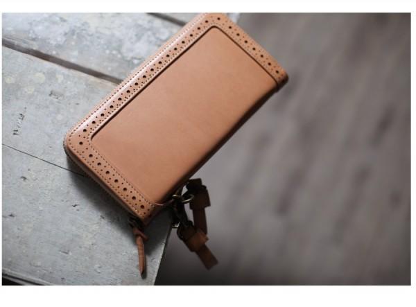 Zip Wallet - Classic British Style
