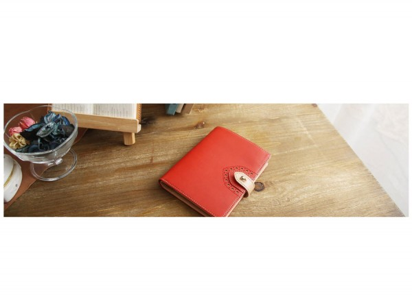 Travel Wallet Red - Classic British Style